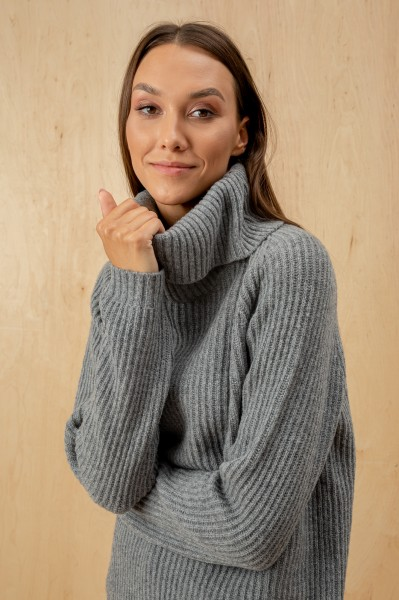 Warm Neck Grey